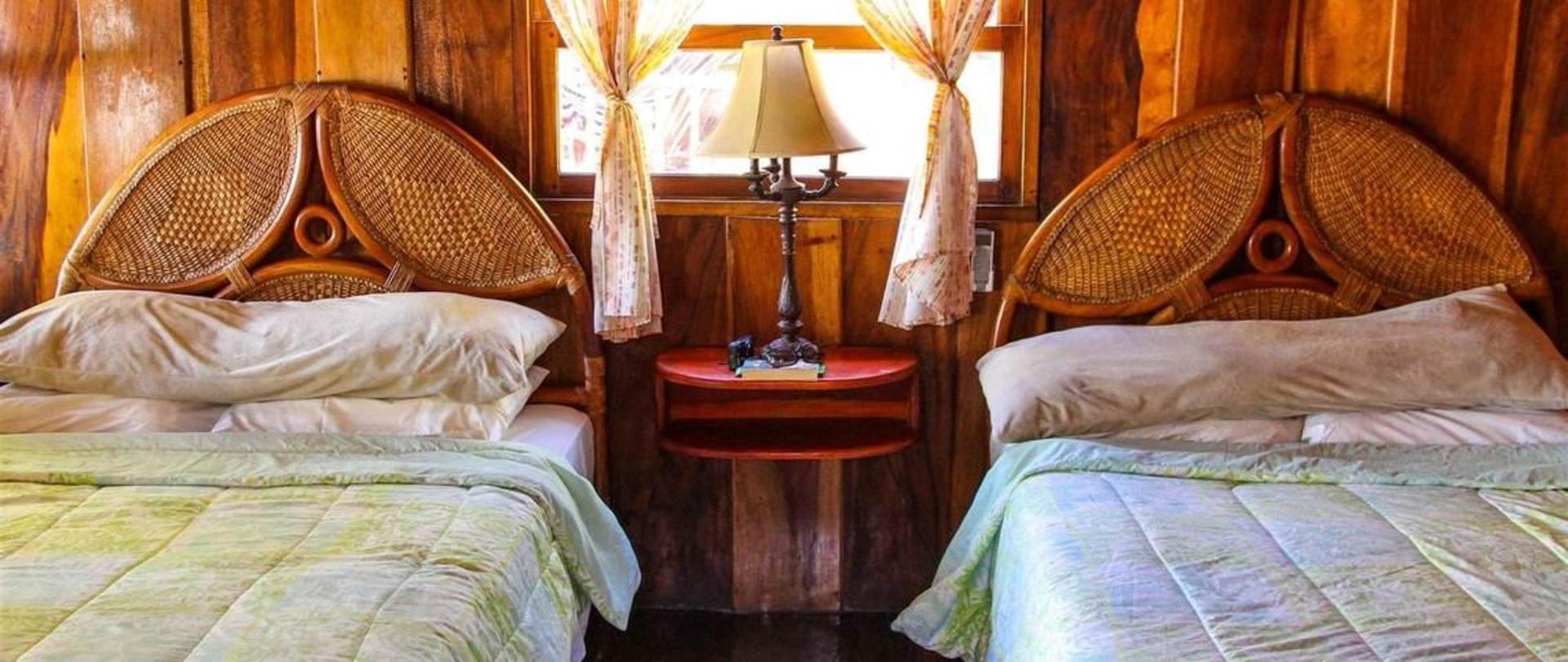 cabana-2-beds.jpg.1140x481_default.jpg