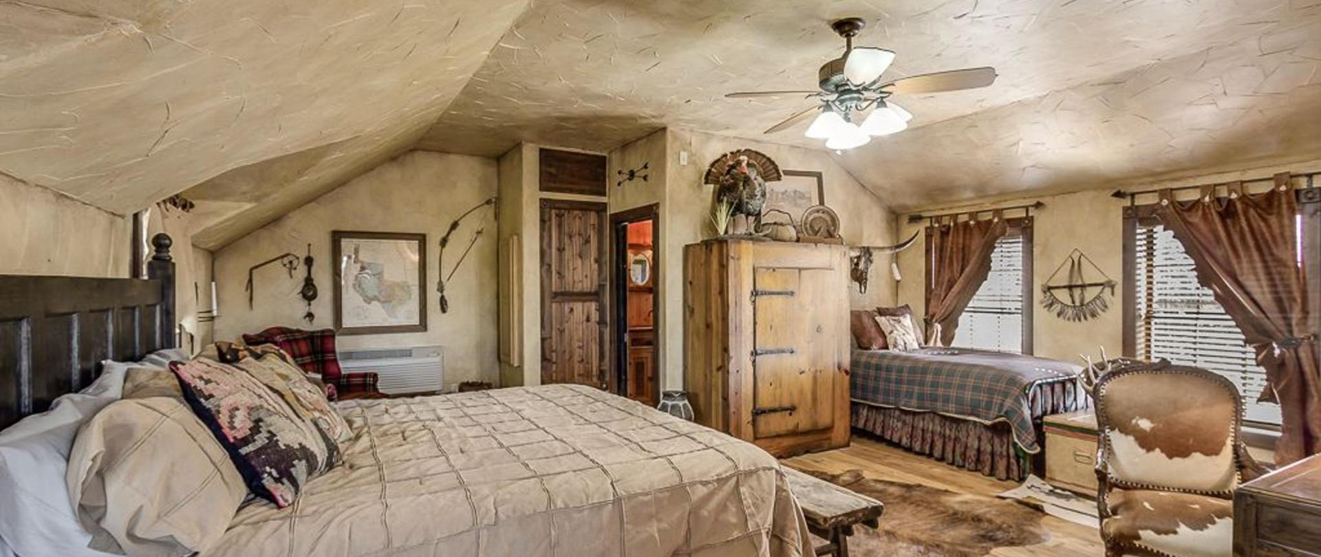 the last room ranch 1.JPG