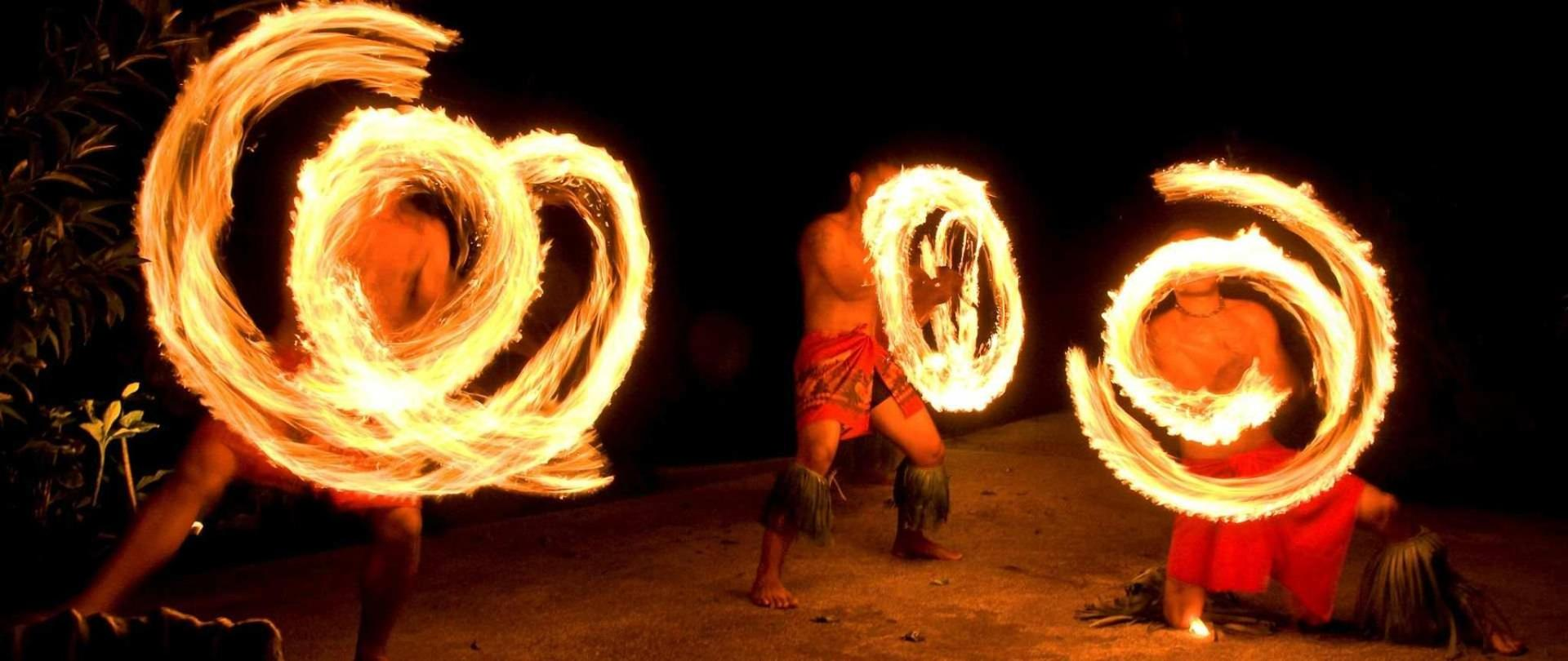 fire-dancers.jpg.1920x810_0_216_10000.jpeg