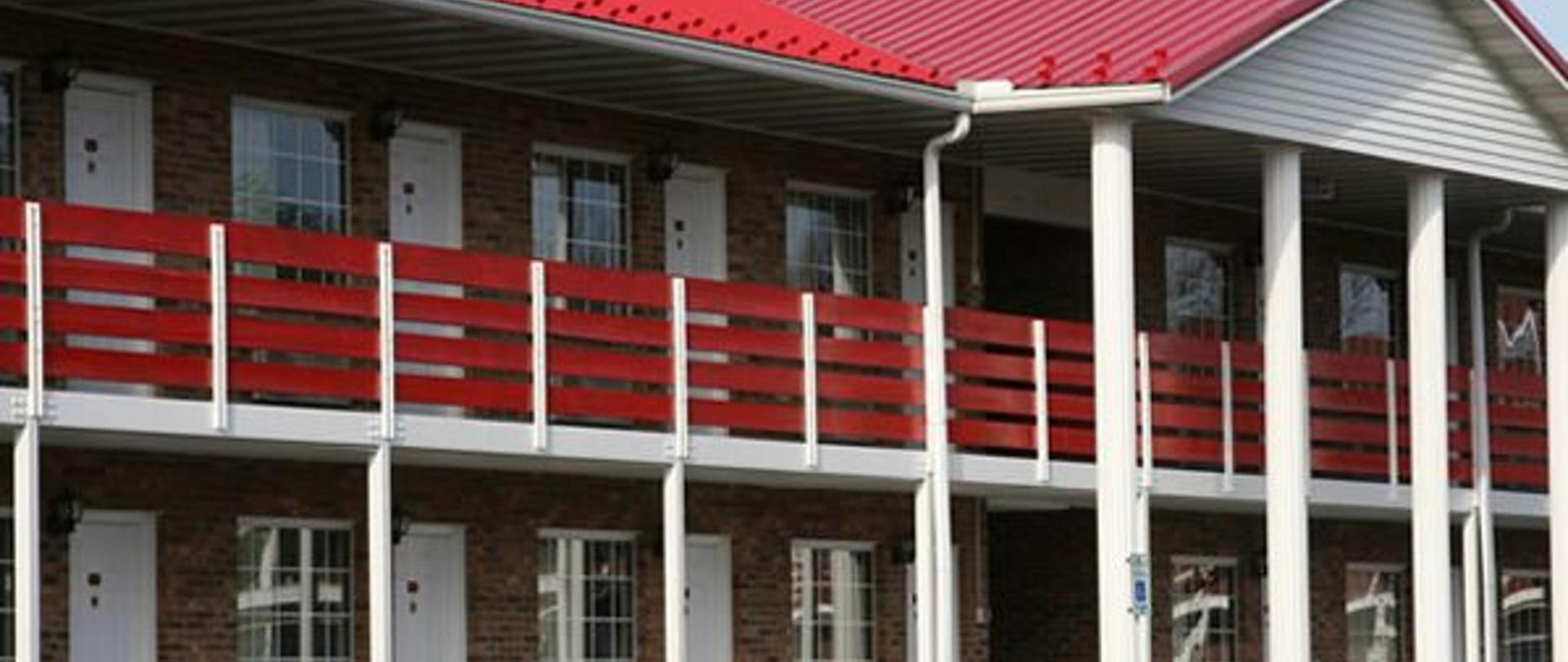 slide-hotel-exterior.jpg