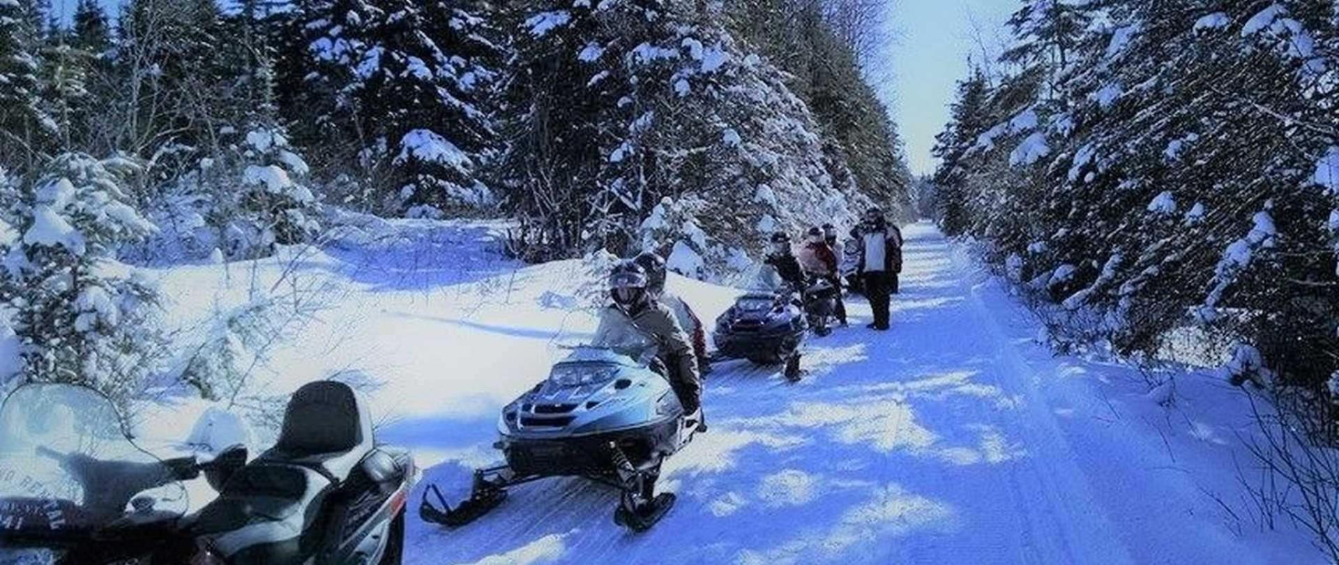 nek-snowmobile-tours.jpg.1920x810_default.jpeg.1920x0.jpeg