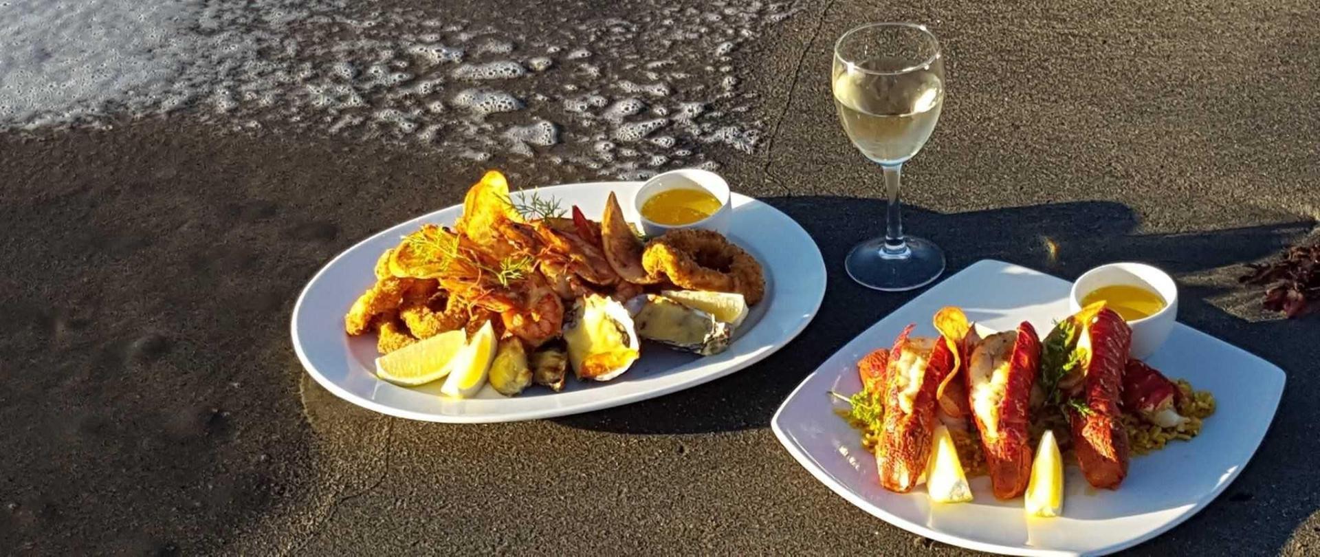 lobster-platter-beach-1.jpg