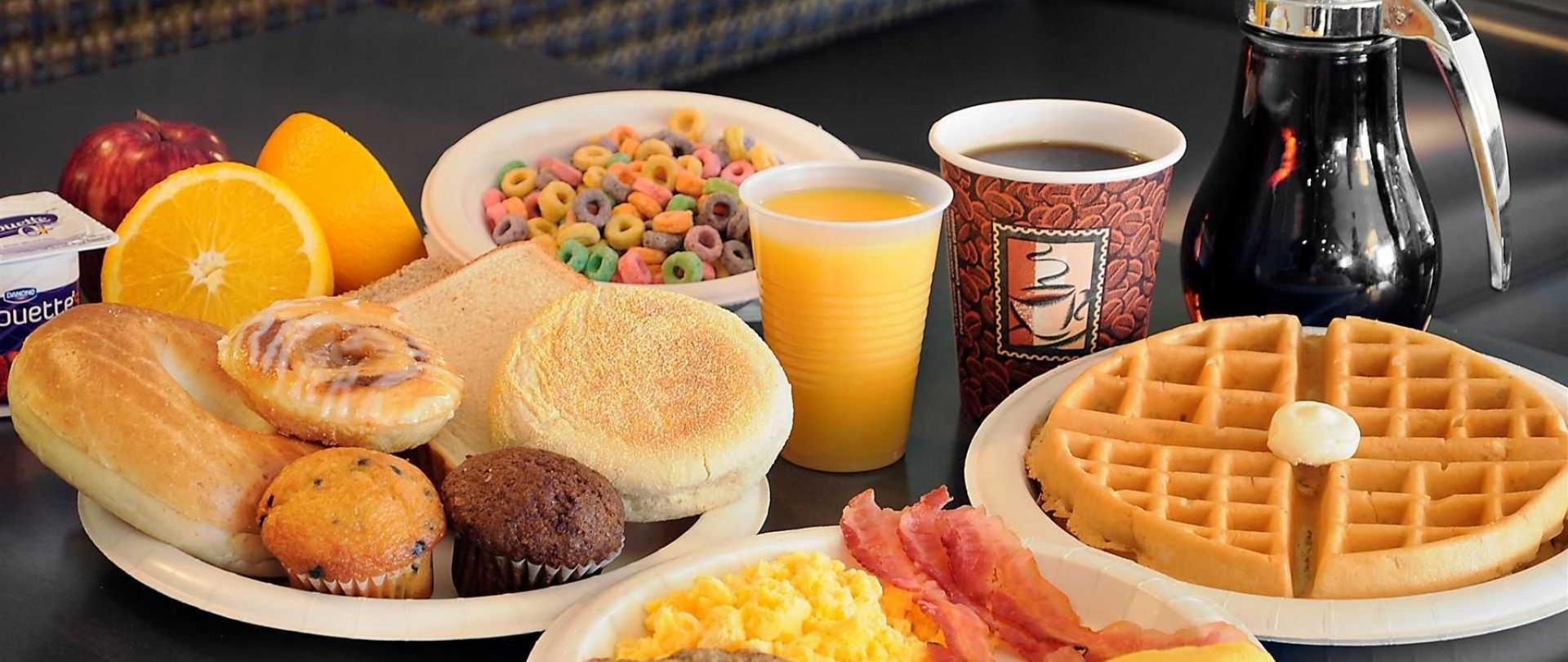 hot-breakfast-large.jpg.1920x0.jpg