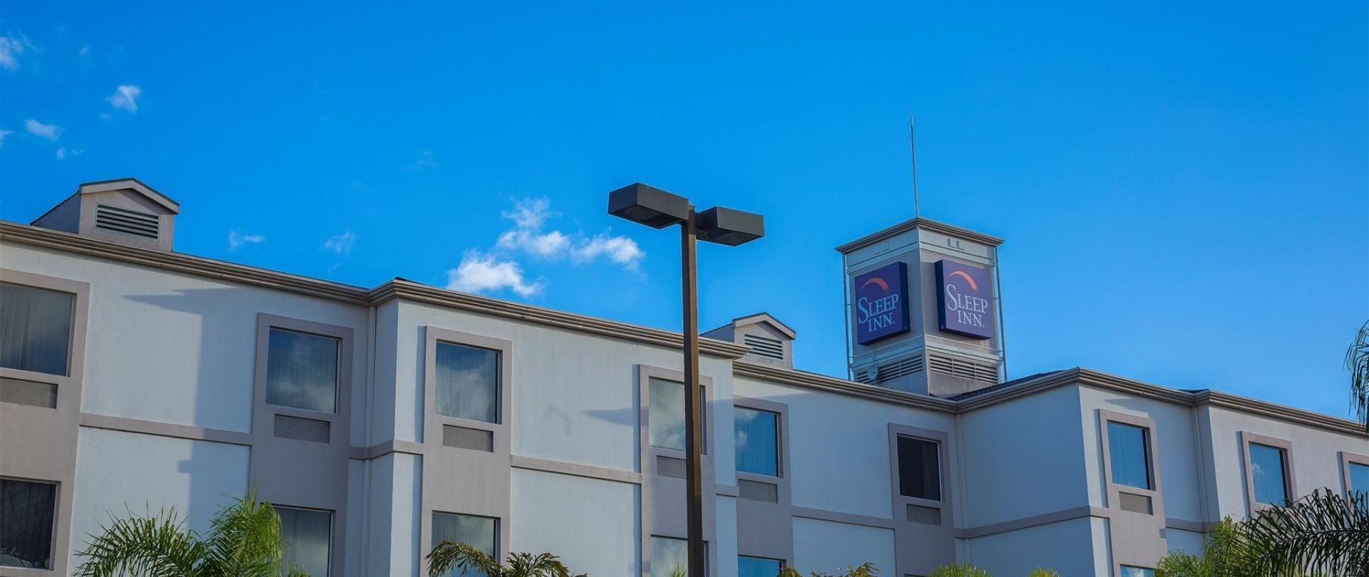 Hotel Sleep Inn Paseo Las Damas2.jpg