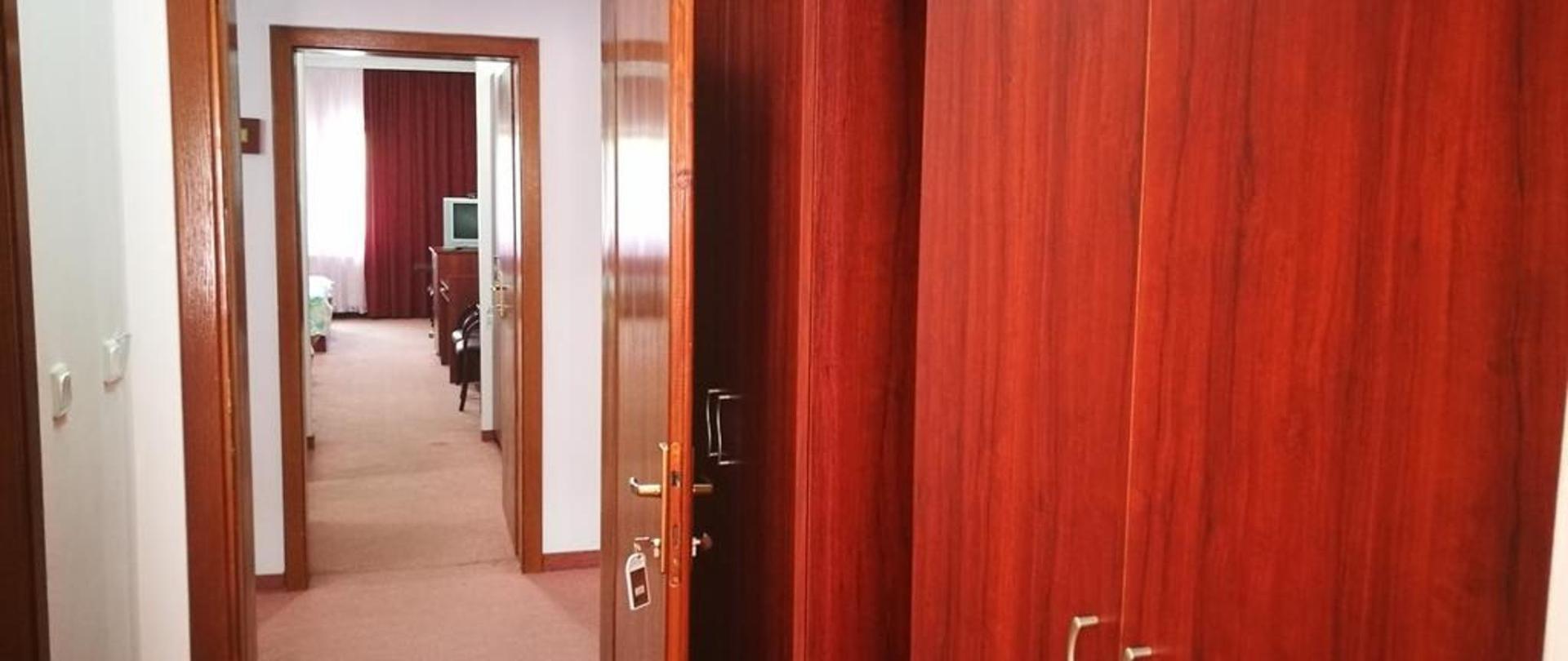 Hotel Oxa 51.jpg