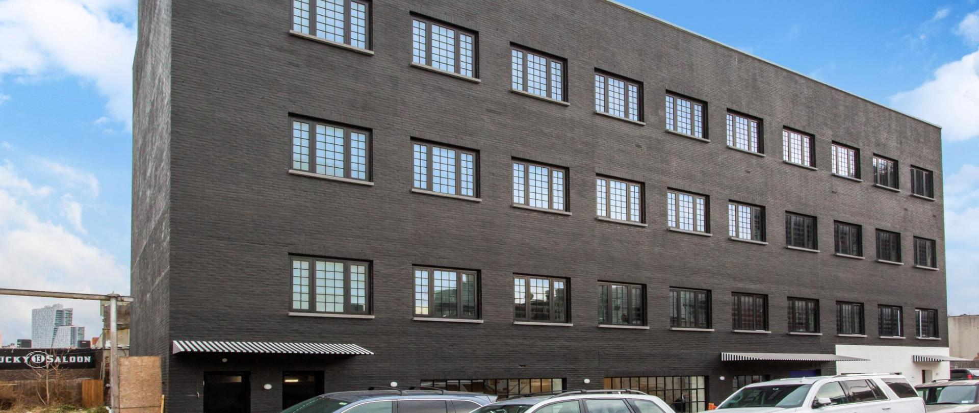 NY569exterior2.jpg