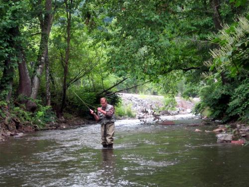 Fishing hunting elkhorn inn theater landgraff for Fly fishing west virginia