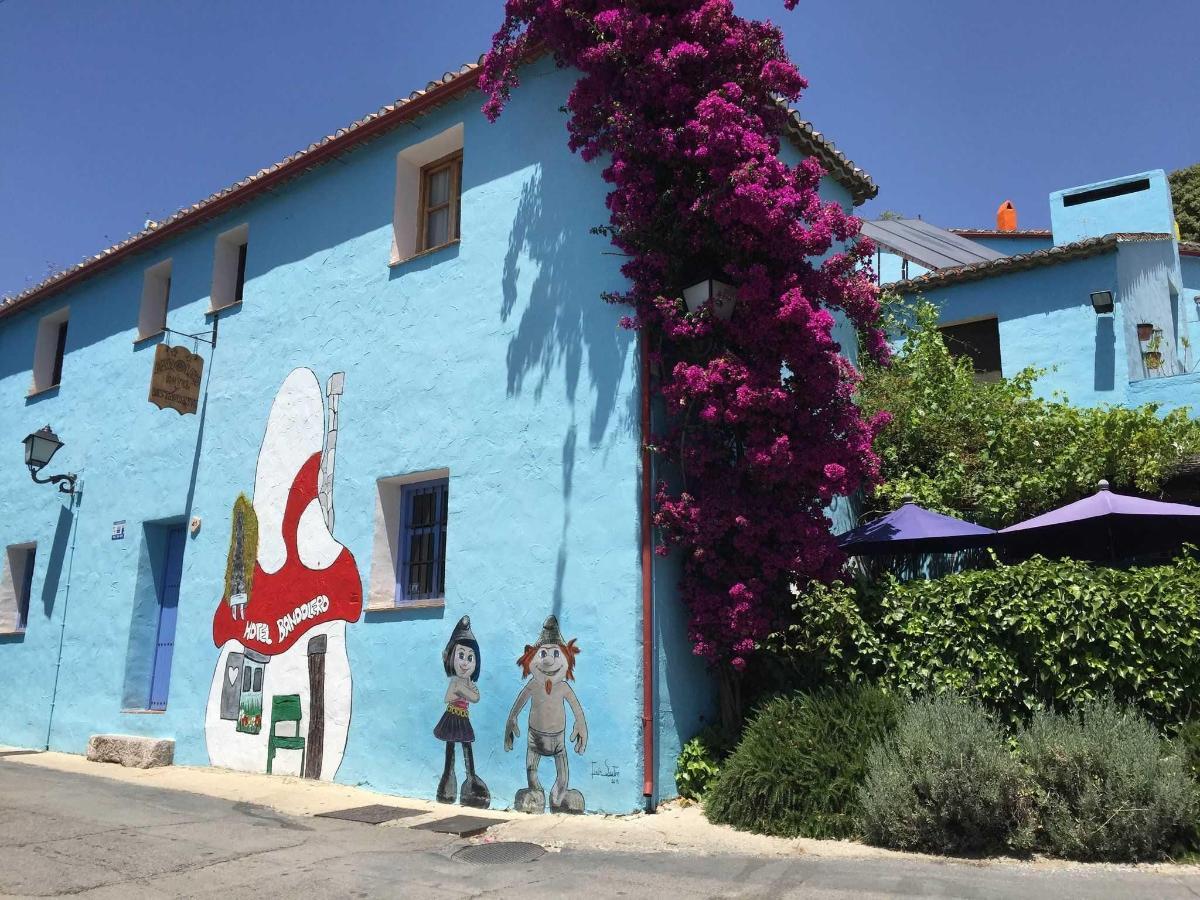 Hotel Bandolero.jpg