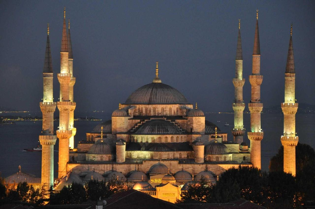 the_sultan_ahmed_mosque_-blue_mosque-_-8290130241.jpg