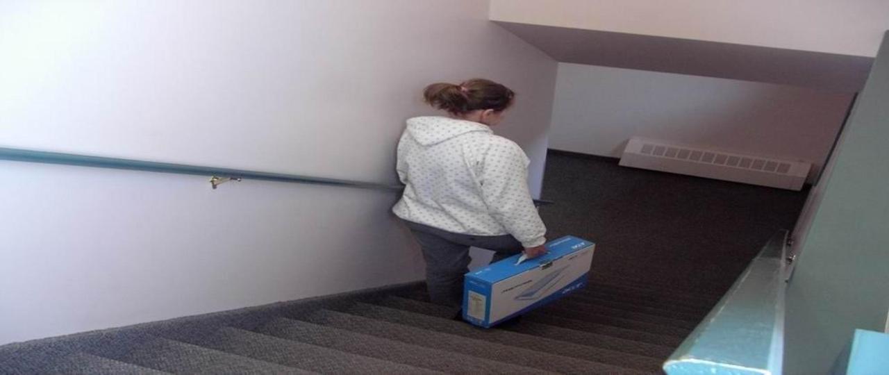 economy-stairs-basement-3.jpg