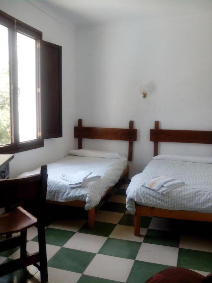 Rooms8