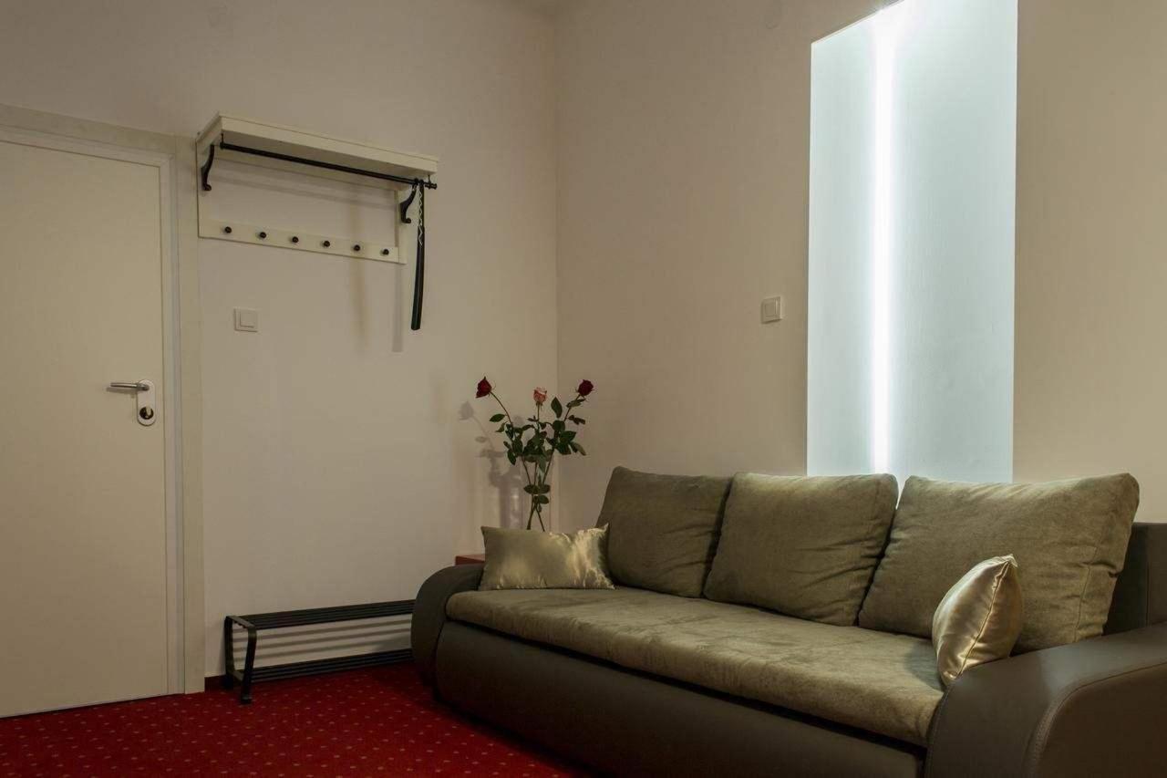 Apartment with Balcony2
