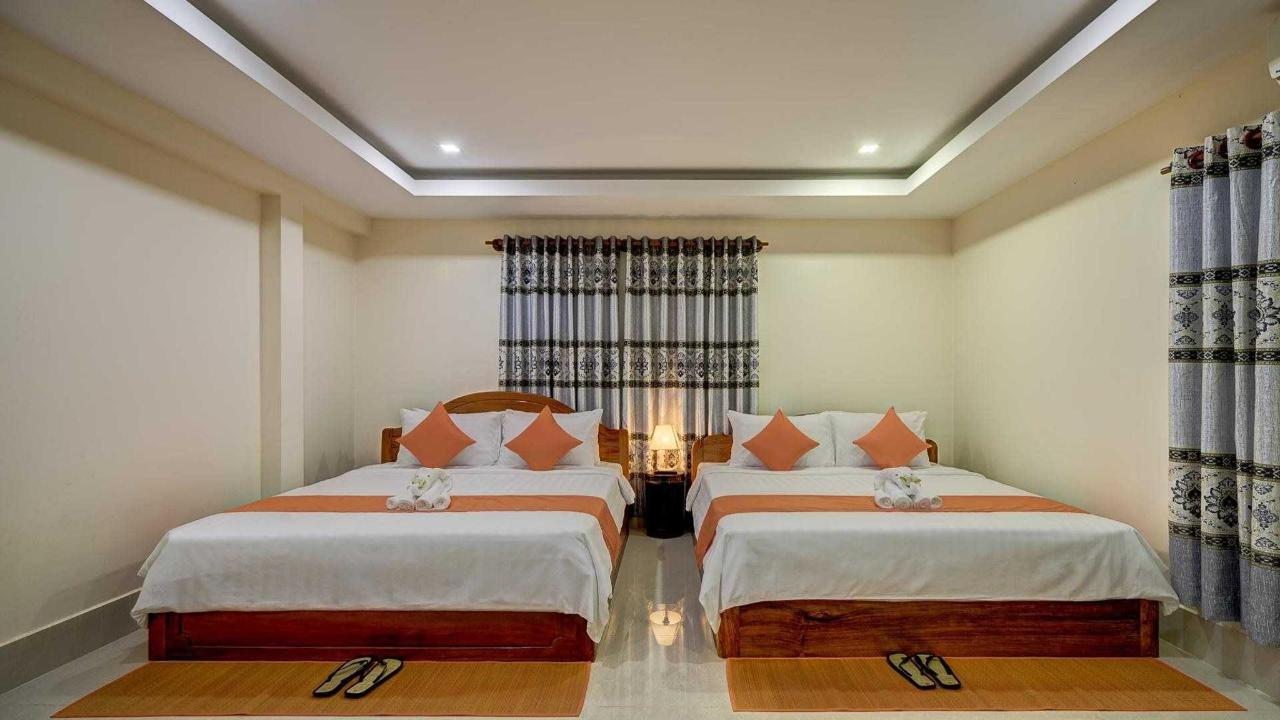 Family Room- 2 Double Beds.jpg