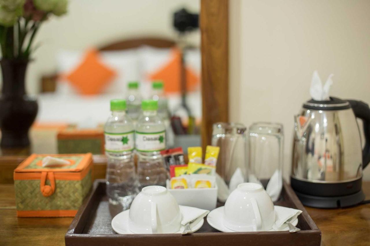 Tea and Coffee Amenities.JPG