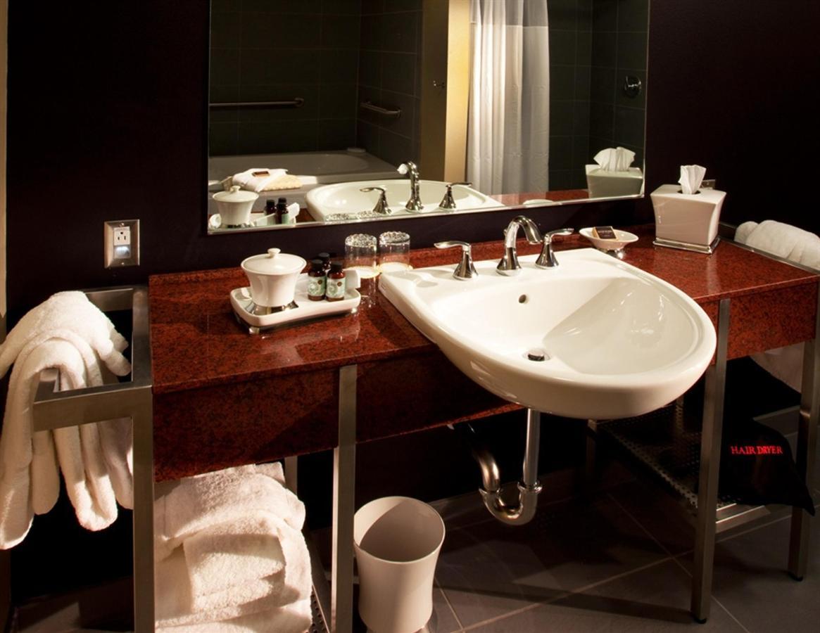 two-bedroom-vanity.jpg