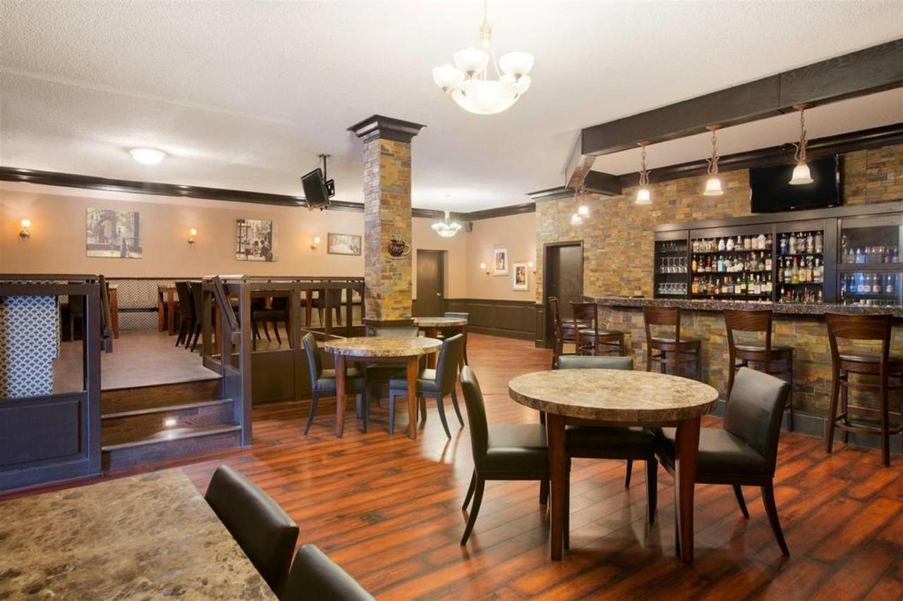 carliano-restaurant.jpg.1024x0.jpg