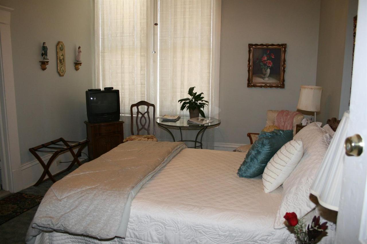 Century room 4 up 1.JPG