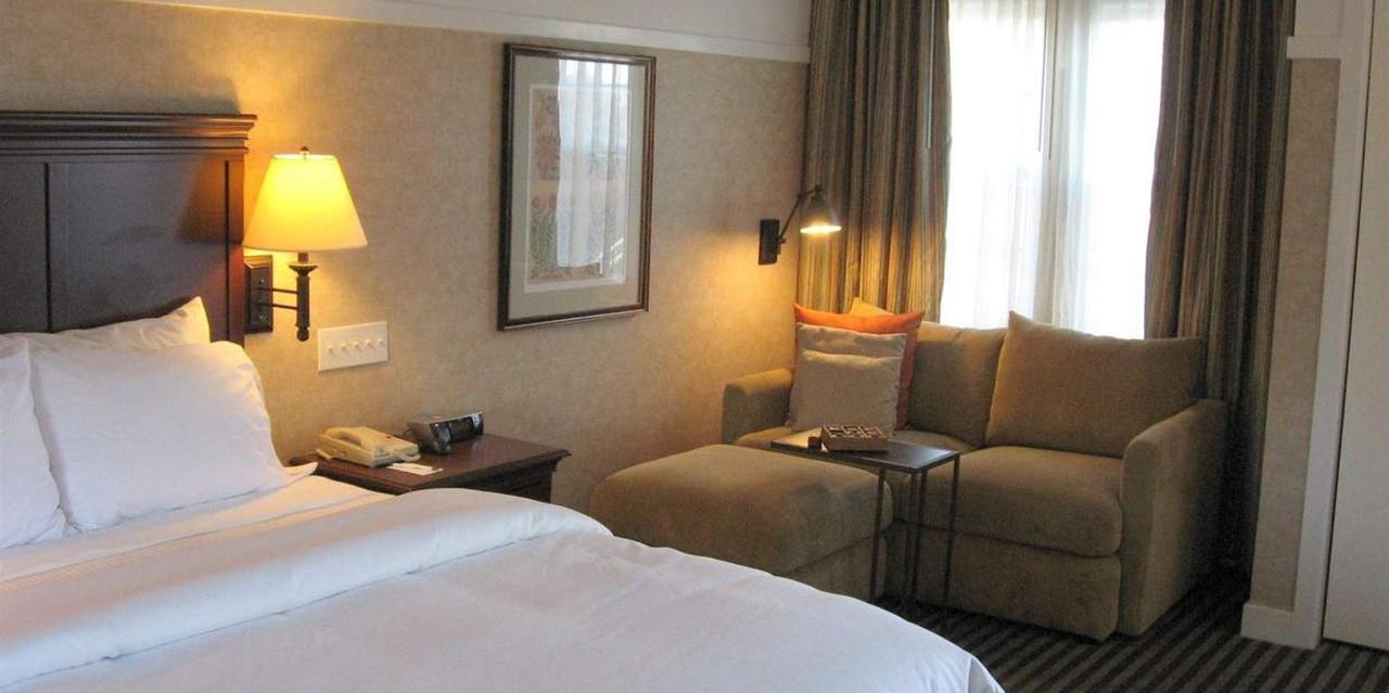 Bed | Standard Queen Guest Room.jpg