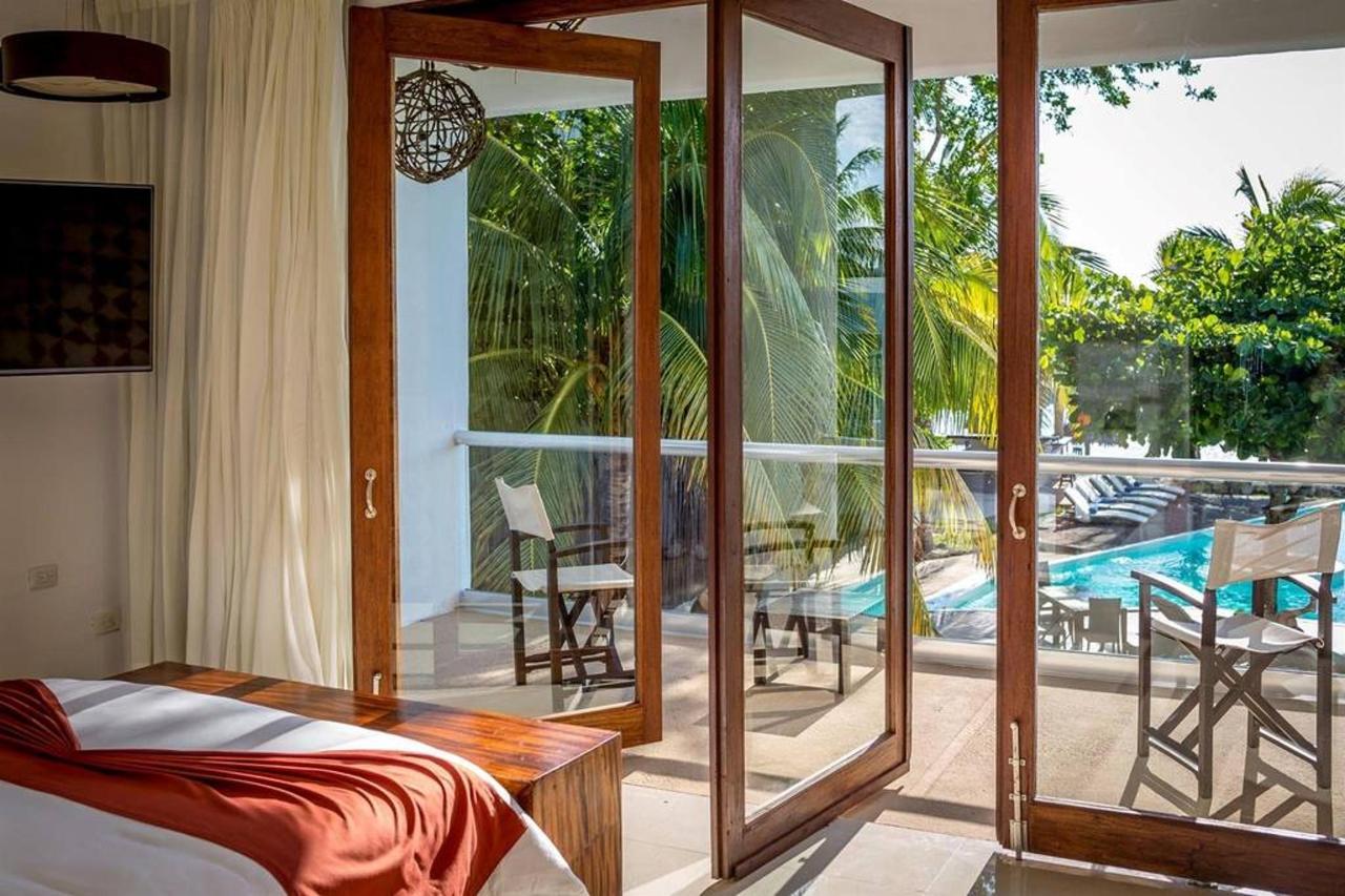 Rooms - Balcony.jpg