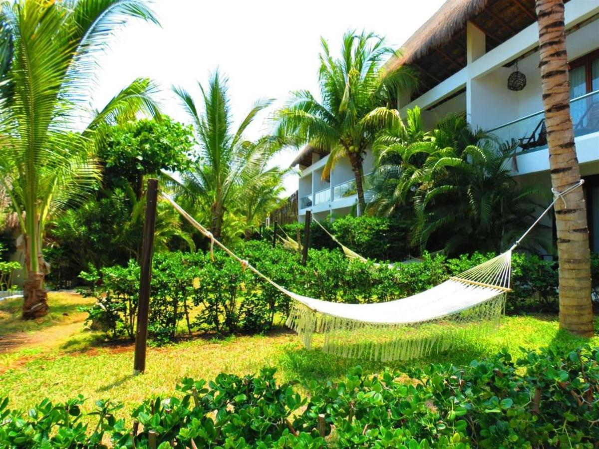 Rooms - Relaxing garden.jpg