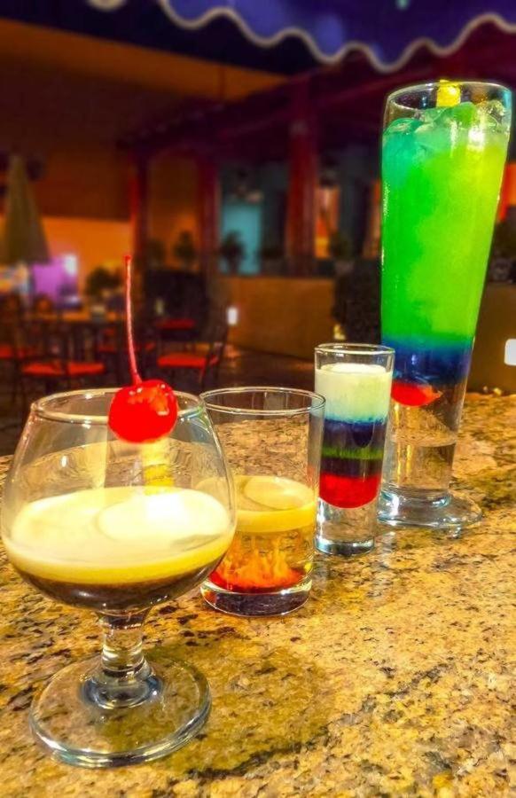 Restaurant - Drinks.jpg