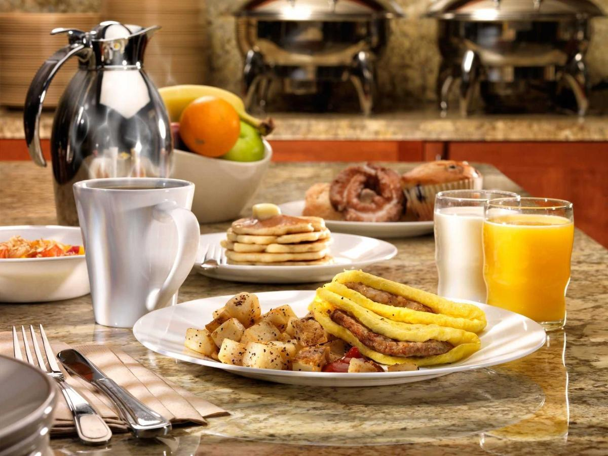 Complimentary Full Hot Breakfast Buffet.jpg