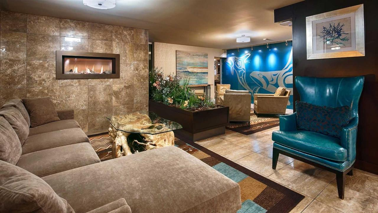 Relax in our Cozy Lobby.jpg