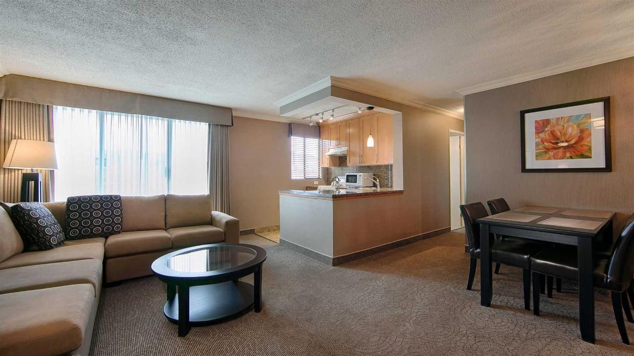 Premium One Bedroom Suite.jpg