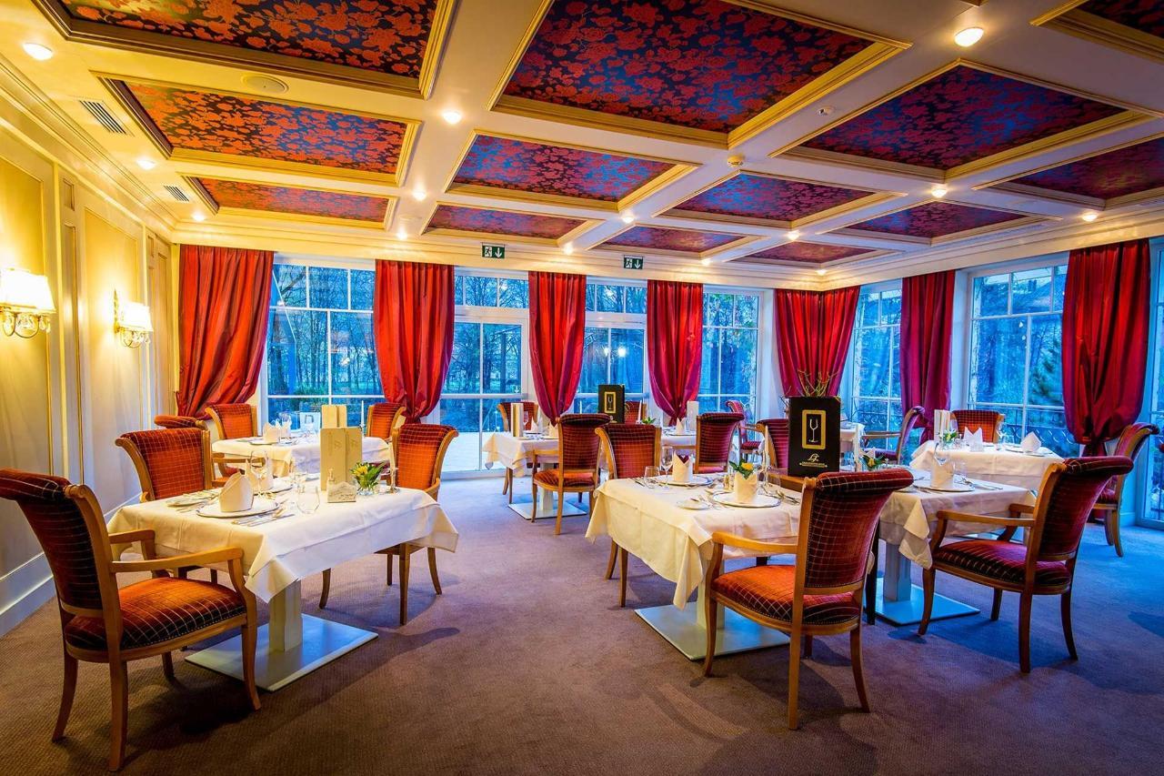 Restaurant Salons