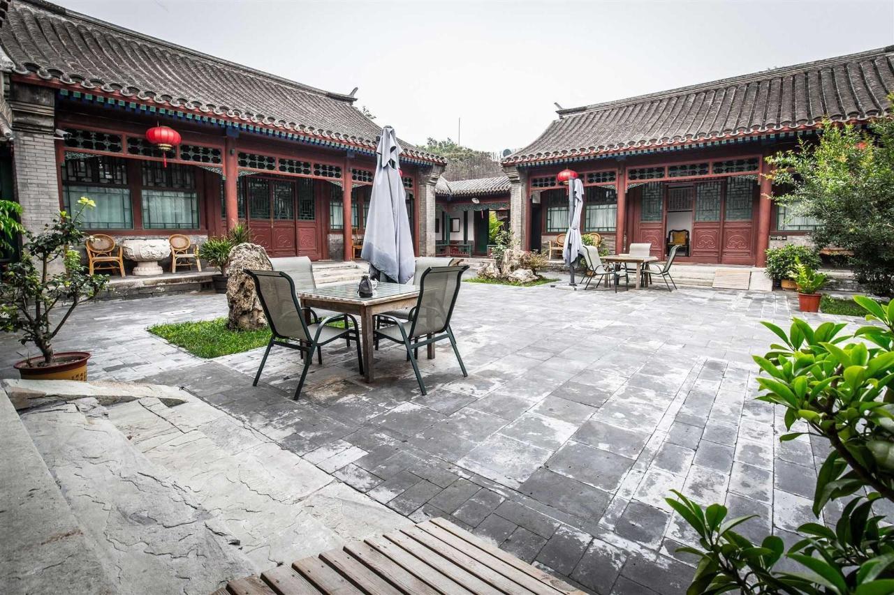 Courtyard 7 Public Area