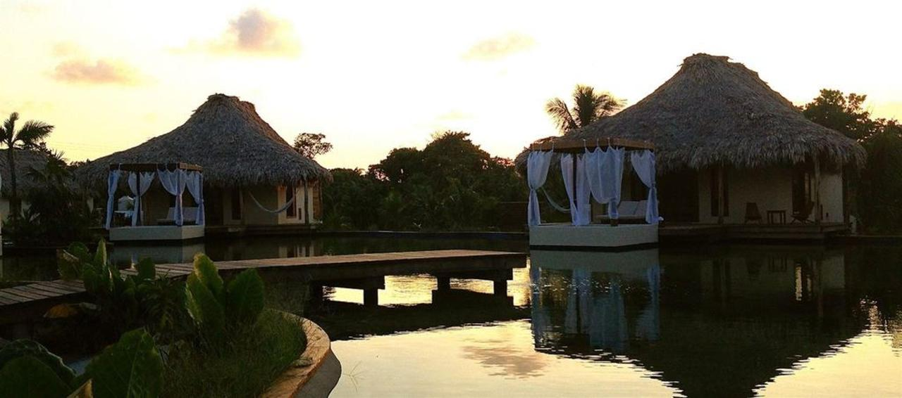 Villas El Secreto Hotel in Belize