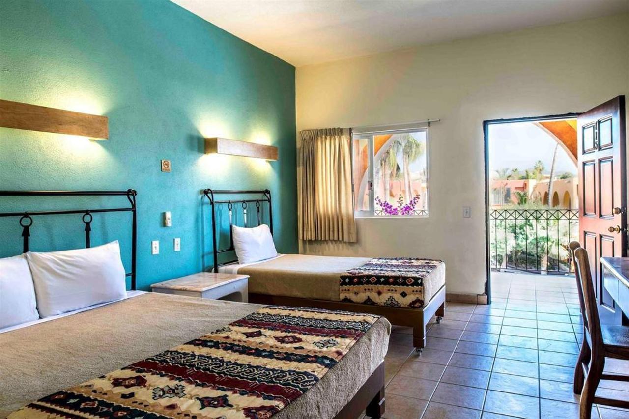 Rooms, Hotel Mar de Cortez, Cabo San Lucas, Mexico