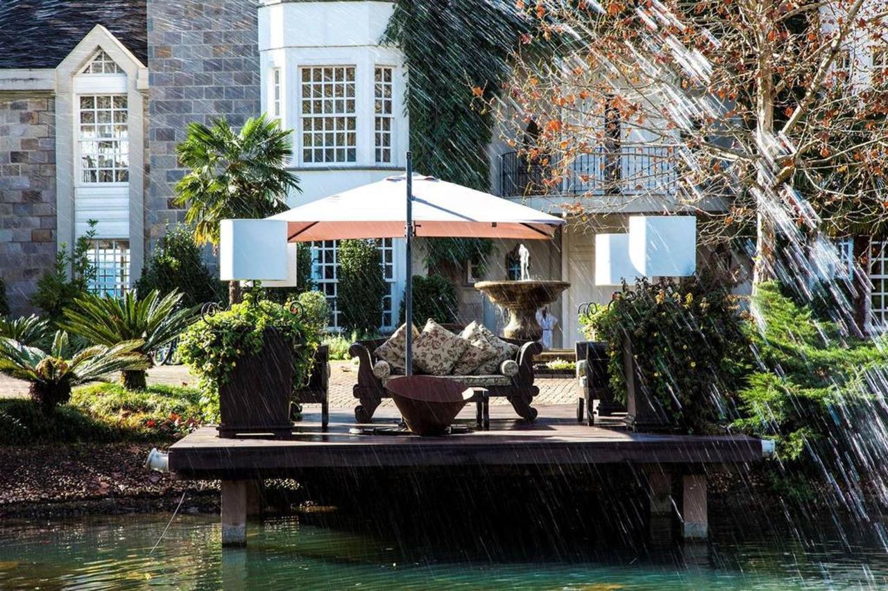 Jardín y exteriores áreas