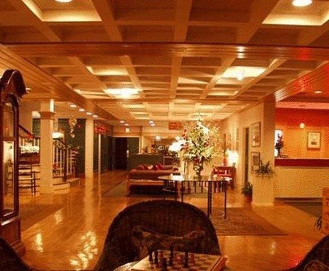Lobby & Public Spaces