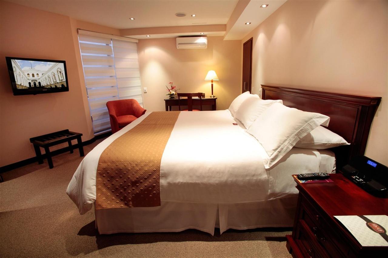 Room 1000