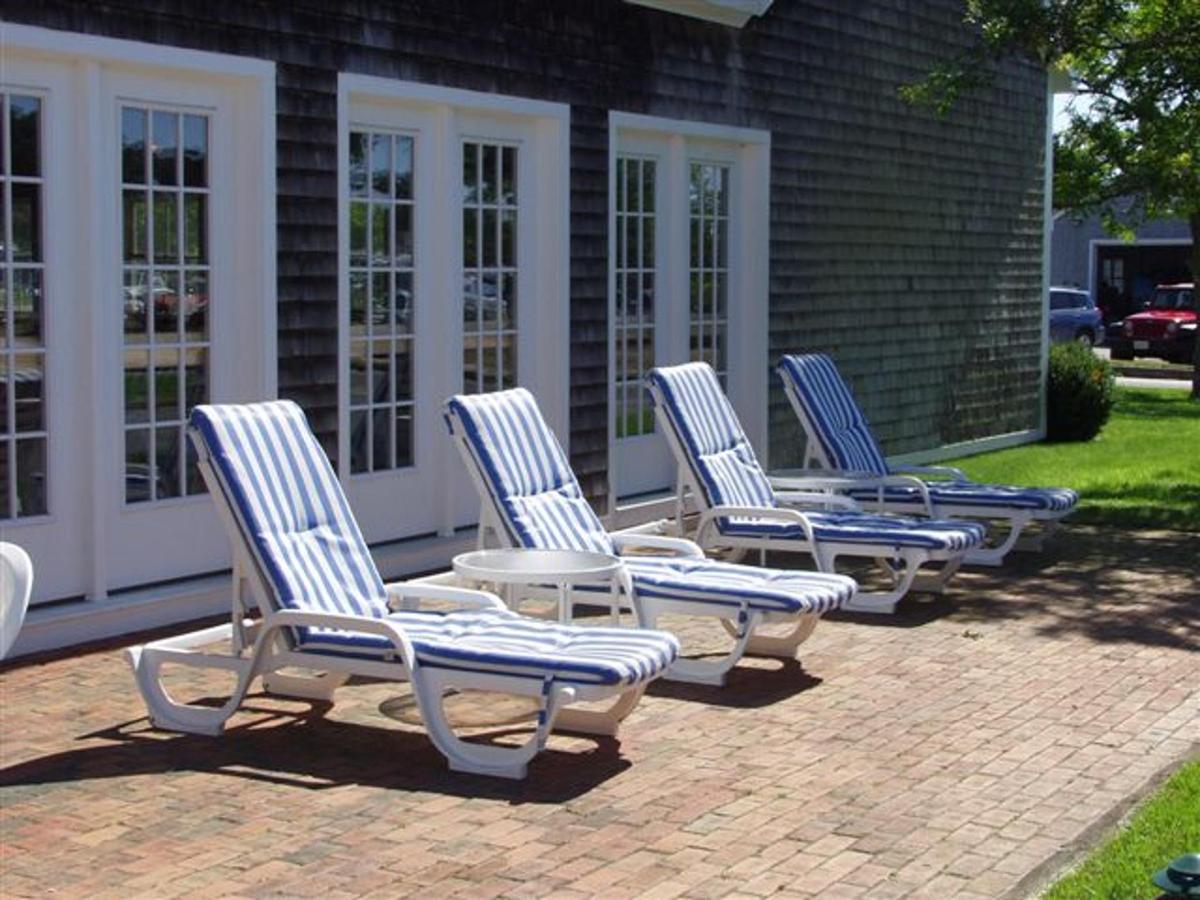 Sun deck at indoor pool area.jpg