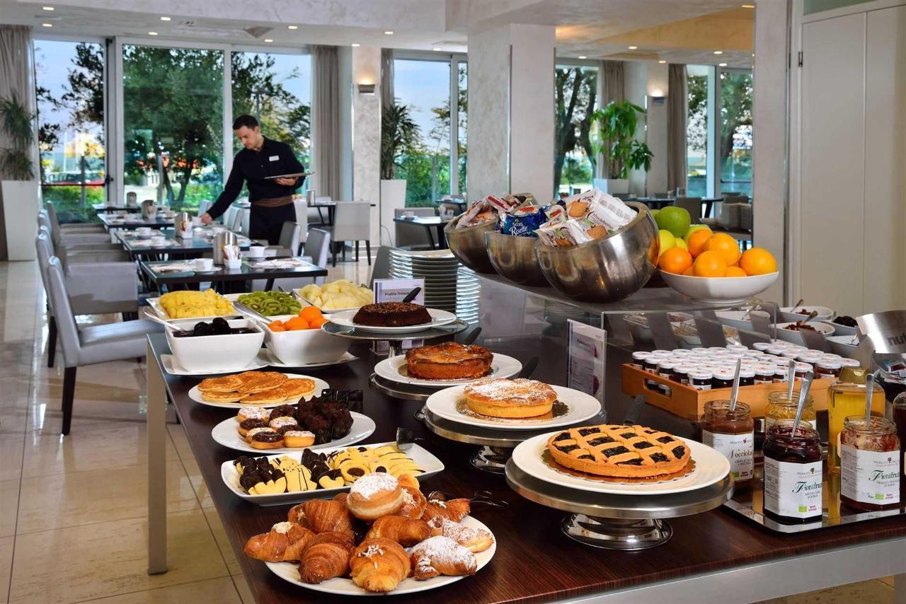 Sala Breakfast