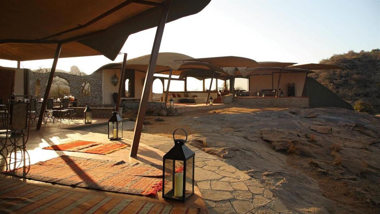 Unique, design safari lodge and exo-friendly architecture.jpg