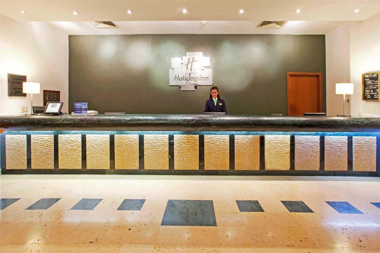 Lobby, Holiday Inn puebla la noria.jpg