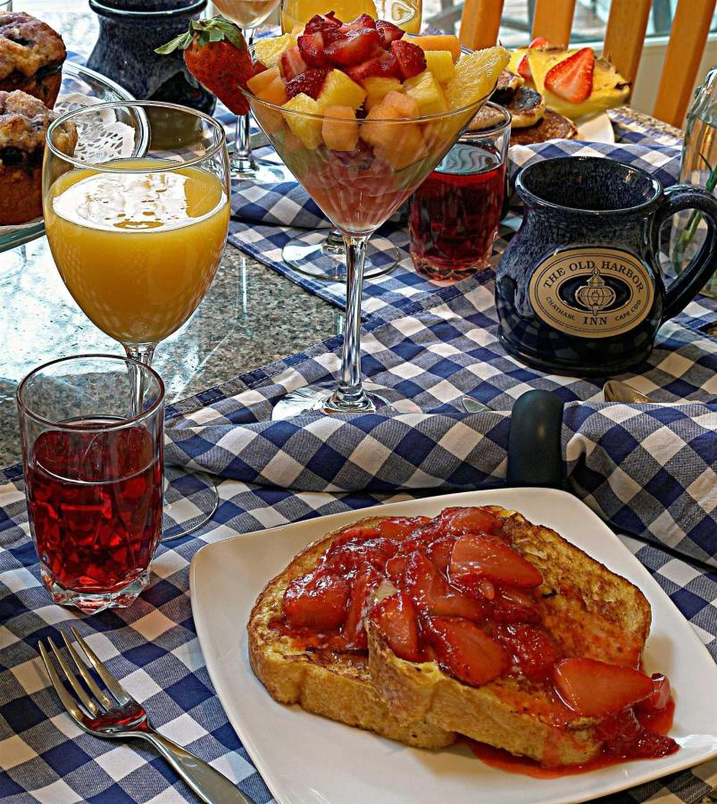 breakfast-vertical-1.JPG.1920x0.JPG