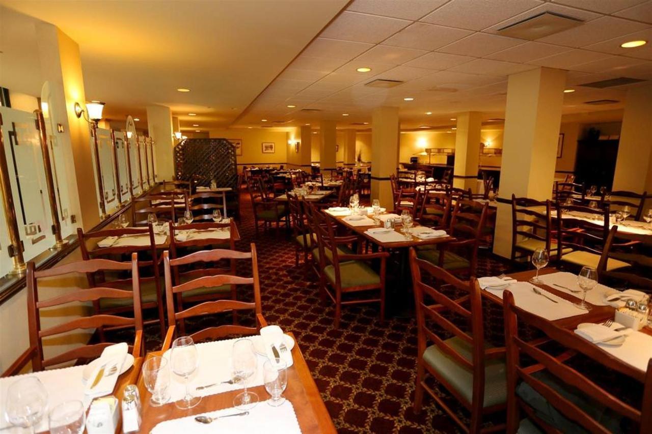 rimouski-restaurant-la-l-a-gende-2.jpg.1024x0.jpg