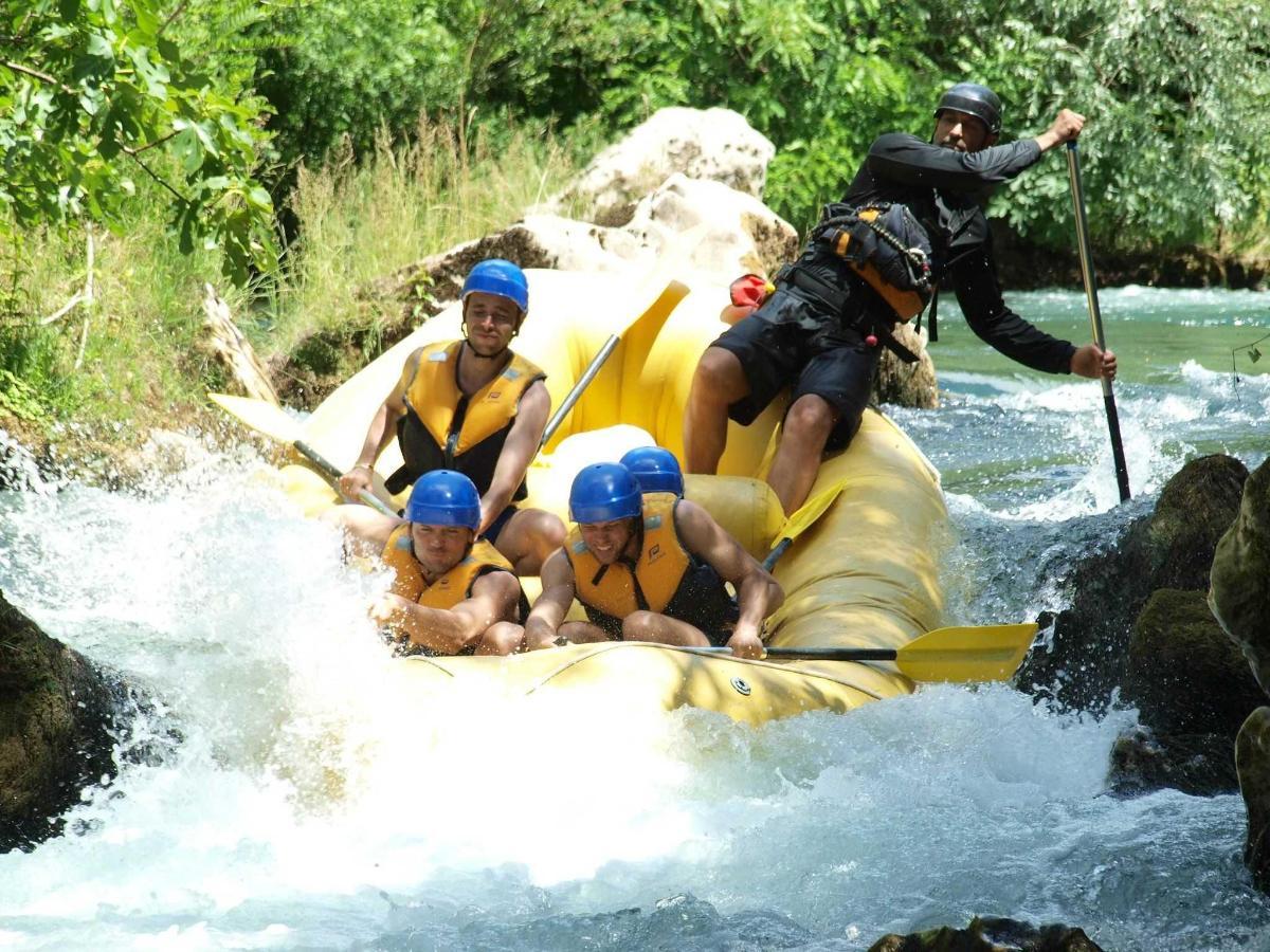 Rafting on Cetina 3