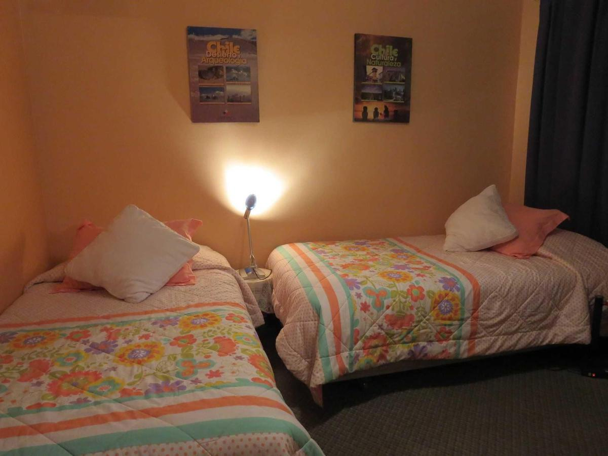 a4-twin-room.JPG