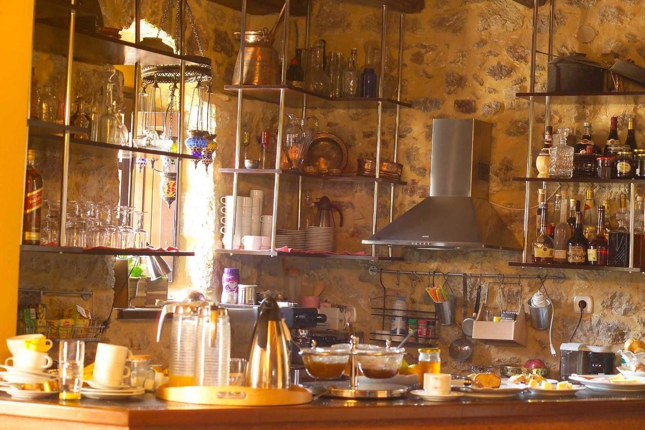 Bar - Kitchen