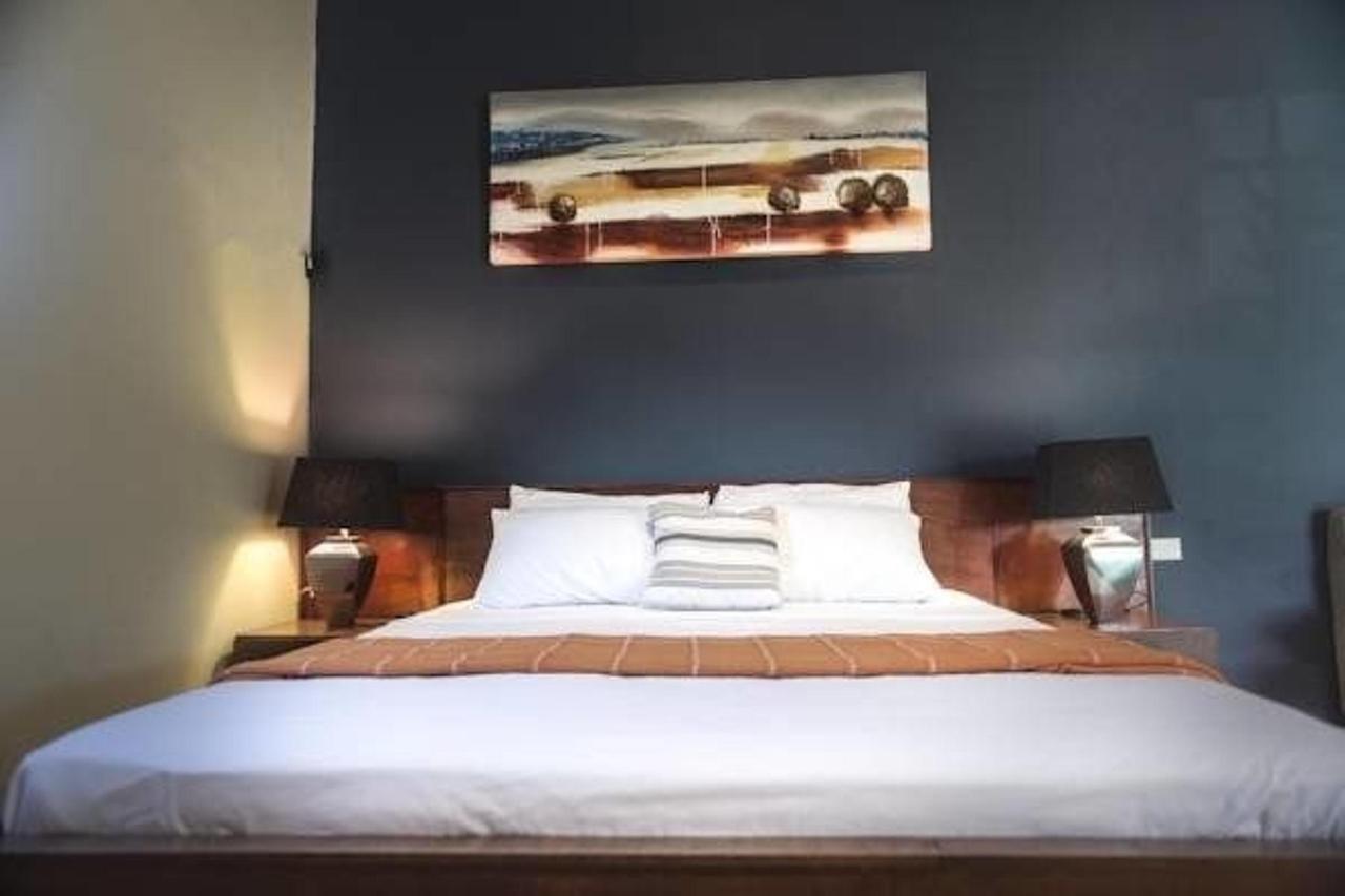 Superior 1 Bedroom