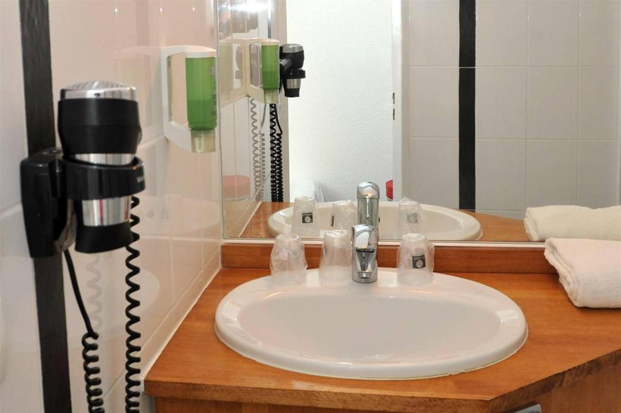 salle-de-bain-bathroom-003.jpg.1024x0.jpg