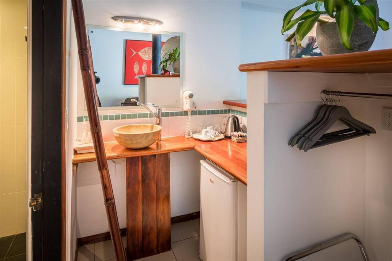 wellesley-resort-room6-105-1.jpg.1024x0.jpg