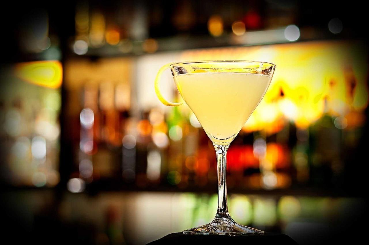 egb-cocktail.jpg.1920x0.jpg