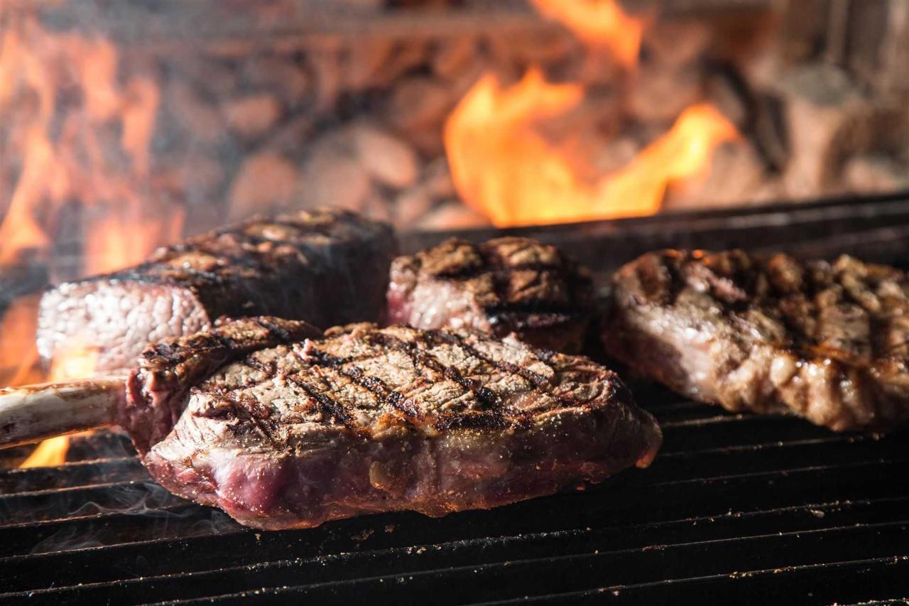 ilya-2015-steaks-on-grill-2.jpg.1920x0.jpg