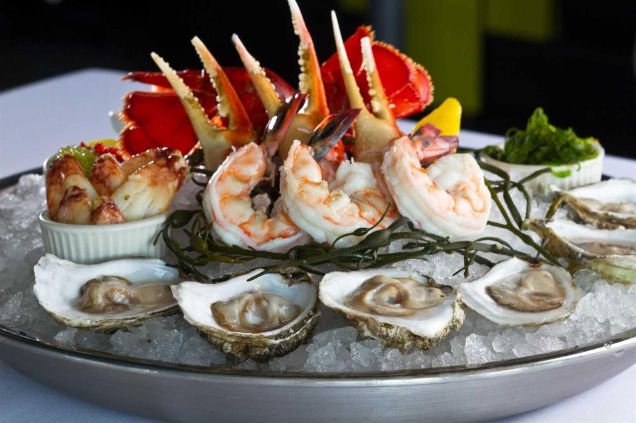 seafood-indulgence_full.jpg.1920x0.jpg